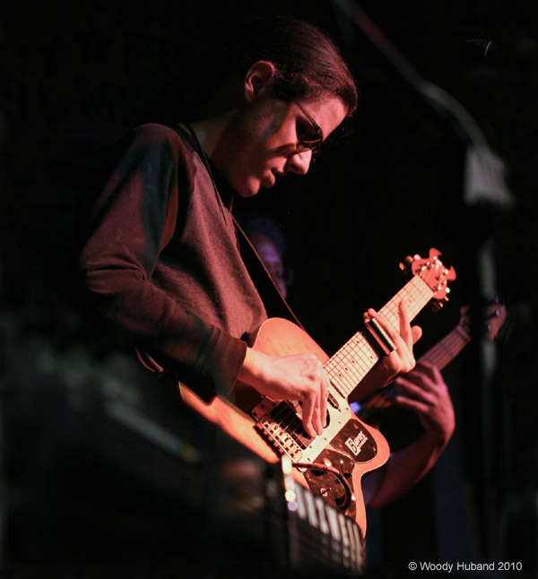 Conrad Oberg Plays his Burns guitar